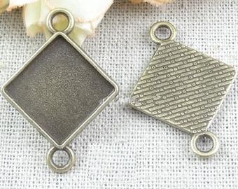 Cabochon Base -15pcs antique bronze square Cabochon Setting Charm Pendants 15mm
