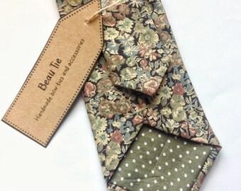 Floral tie, Mens skinny tie, wedding tie, floral skinny tie, Liberty floral print, green skinny tie, mens floral tie