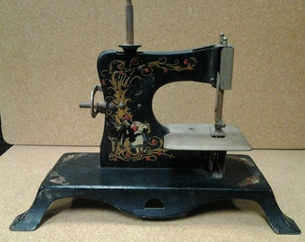 Miniature Sewing Machine