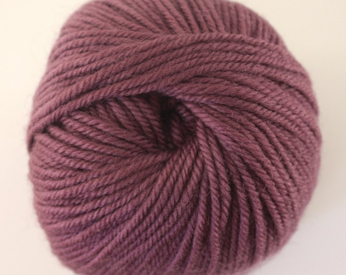 SALE***Staples 8ply / DK - 1710 Grape 100gm - 100% Merino - 177m/100gm