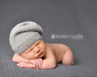 Newborn knitted hat. newborn hat.. newborn slouch hat... newborn photography prop... newborn knit hat