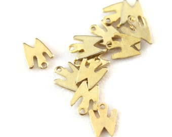 12x Vintage Plated W Initial Charms - M030-Fat W/pl