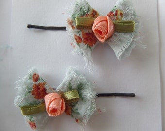 Girls Boby Pin Hair Set, Country Chic Fabric Petals with A Rosebud, Frayed Shabby Chic