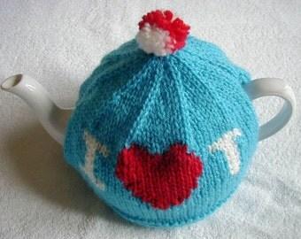 handmade knitted tea cosy / I love T