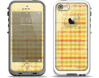 The Scratched Yellow Faded Plaid Apple iPhone LifeProof Case Skin Set