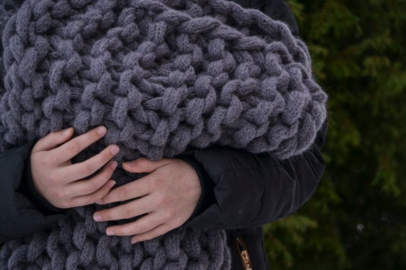 Knit Blanket Pattern Super Bulky : Chunky Knit Blanket Giant Super Chunky Blanket by Amberzhanno