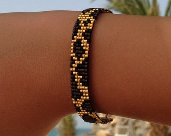 Leopard beadwoven friendship bracelet with personal text