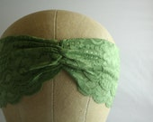 Kelly Green Lace Headband