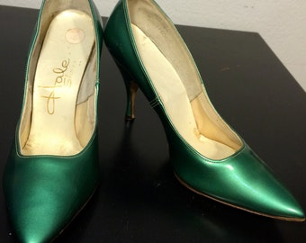 FREE   SHIPPING  1950 Patent Leather High Heels