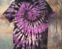 Purple and Black Tie Dye T-shirt : Spiral Pattern