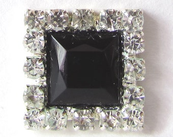 10 x Square Diamante Crystal Rhinestone Embellishments with Black Acrylic Centre (BN3207)