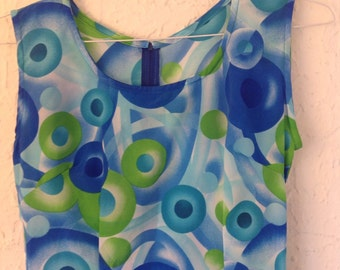 Groovy sleeveless summer dress.  Not tag or size listed.