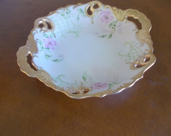 Old Vintage Decrotive Bowl With Handles