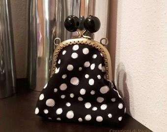 Metal clasp purse polka dot