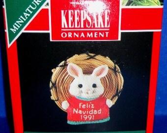1991 Feliz Navidad Hallmark Miniature Ornament