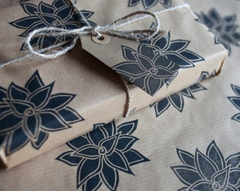 Wrapping Paper: Including 1 Piece Gift Wrap, 2 x Gift Tags & Twine