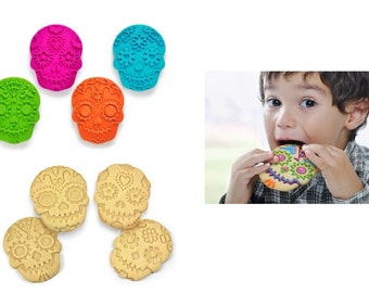 Sweet Spirits Day of the Dead Cookie Cutter/Stampers 4 count, Create Skull Cookies For Halloween Or Other Festive Party Occasions At Home