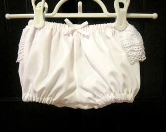 Baby Girls Bloomers,Baby girls Cotton bloomers with cotton eyelet Lace, Handmade,White Cotton Diaper cover, All Seasons