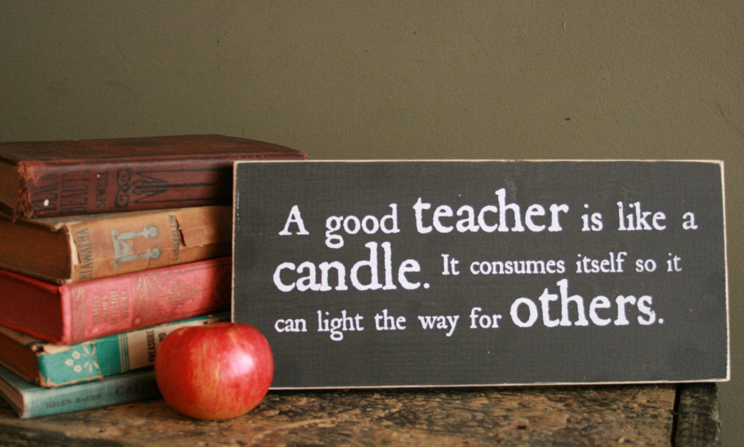 a good teacher Do you know what does it take to become a great teacher find out the characteristics and qualities of a good teacher.