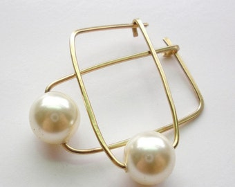 14K Gold Fill and Swarovski Pearl Hoop Earrings
