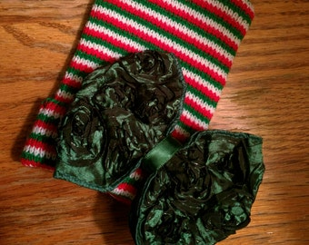 FLaSH SaLE Newborn CHRISTMAS Holiday hospital hat with a Beautiful Large Green Bow! Cute!