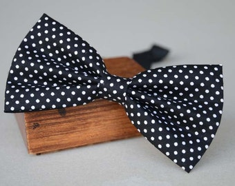 handmade black dots bow tie ,men's bow tie, men bow tie, bow tie for men, bow tie men, wedding bow tie, groomsmen bow tie