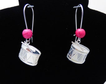 Custom Jewelry, Custom Handmade Drum Earrings with Color Accent Bead, Gift for Drummer, Gift for Musician - Drums