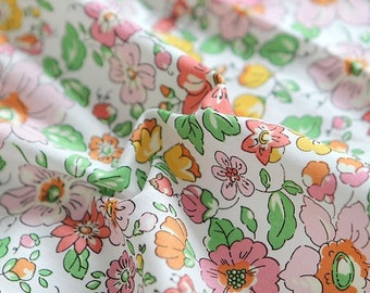 Lovely Flower Pattern Cotton Fabric by Yard AE06 -2 Colors Selection