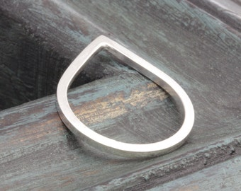925 sterling silver shiny tear drop band ring