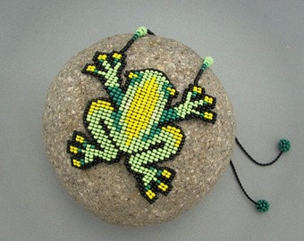 Seed Beaded Frog, Beadwork Necklace, Art Jewelry, Frog Necklace
