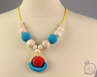 Nursing Necklace Crochet Baby teething toy Eco friendly Teething Necklace with wooden ring