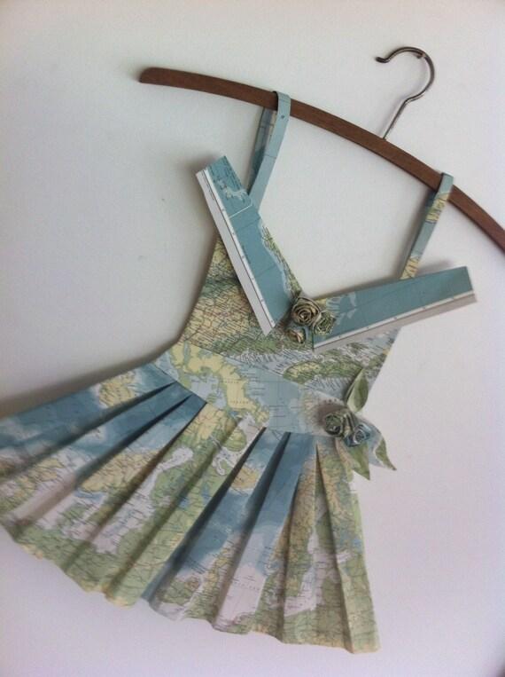 Robe de papier origami carte vintage par awreckofbirds sur etsy - Robe en origami ...