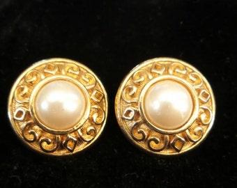 Pearl Button Style Earrings