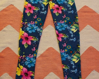 Navy Blue Flower Leggings