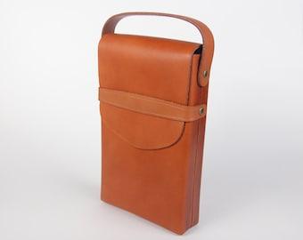 Vintage Polaroid leather case for SX-70 folding camera