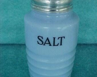 Range Shaker Jeannette Glass Delphite Salt Shaker