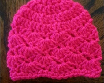 Adorable crochet shell baby hat!!