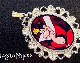 Queen of Hearts Disney's Alice in Wonderland Necklace Pendant Wonderland Necklace Wonderland Jewelry