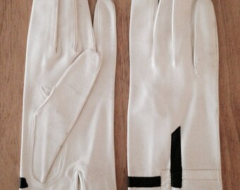 1960s White Kid Gloves with Black and White Pop Art Applique