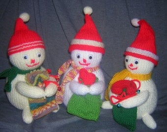 Knitted snowman toy