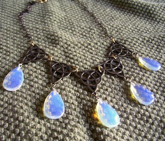Sansa Stark Poison Purple Wedding Necklace By SparklingFantasies