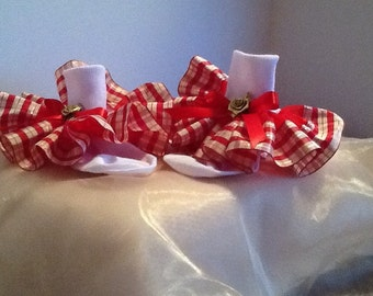 Girls red and gold plaid ruffle trim socks for the holidays