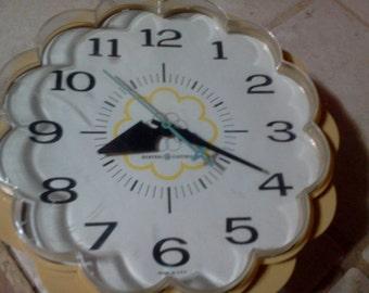 Daisy Clock Etsy