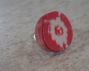 Wood  (Walnut) adjustable ring, Red FLOWERS