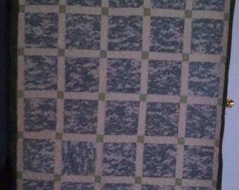 Quilt, Twin/Oversize Military Lap Quilt
