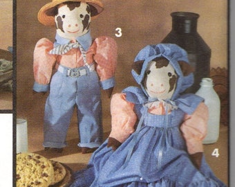 Simplicity 8269 Decorative Cows and Clothes Sewing Pattern - Factory Folded