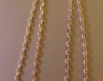 Chain in rose gold plate.  RG0136