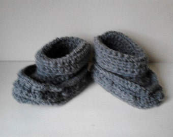baby boy boots , Crochet boy boots, boy booties 3-6 months, ready to ship