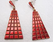 Vintage Red Modernist Anodised Pierced Pair Earrings Jewellery