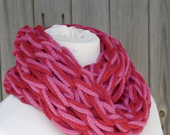 Merino Snood: red & bright pink